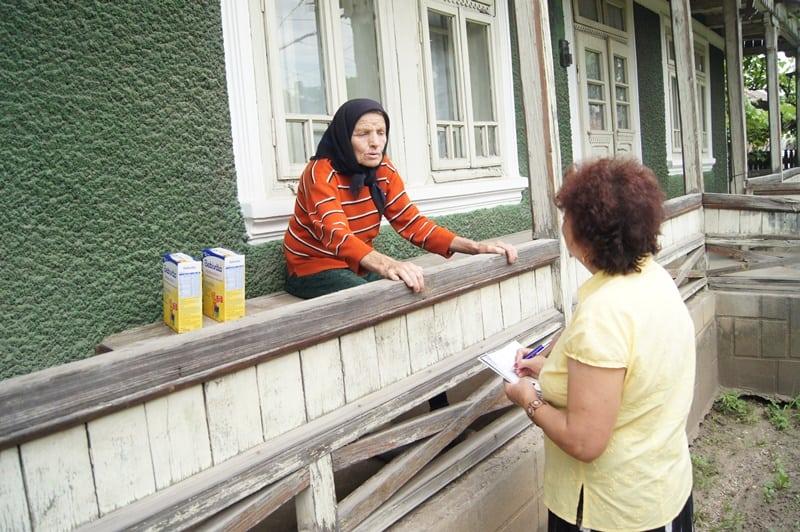 """""""Dăruiește cu respect"""" – o nouă acțiune umanitară la Săvinești"""